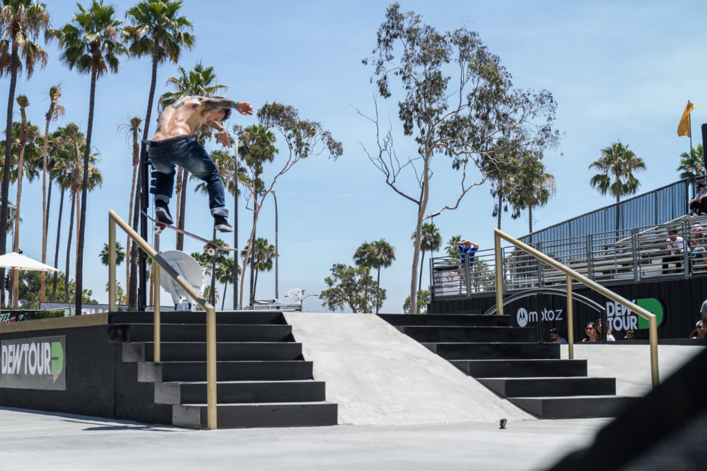 cody_-mcentire_rails_practice_street_dew_tour_long_beach_durso-13