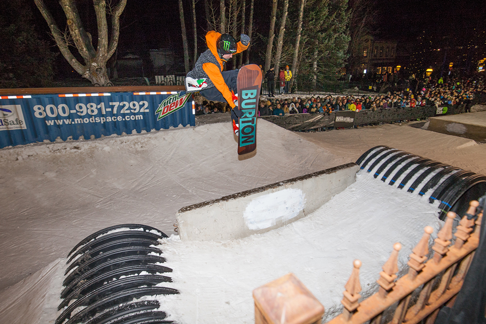 darcy_sharpe_mens_snb_streetstyle_dew_tour_breckenridge_george_crosland-8019